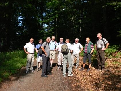 Wanderung der Männerturngruppe 2007 auf dem Rheinsteig
